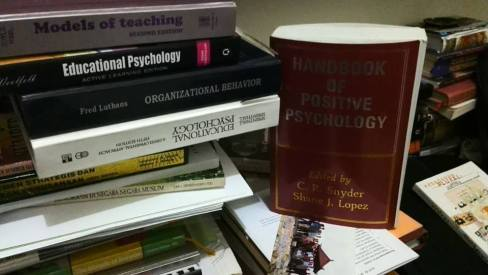 Buku Psycology Positive